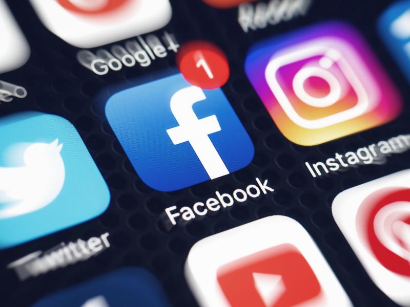 Auf Social Media